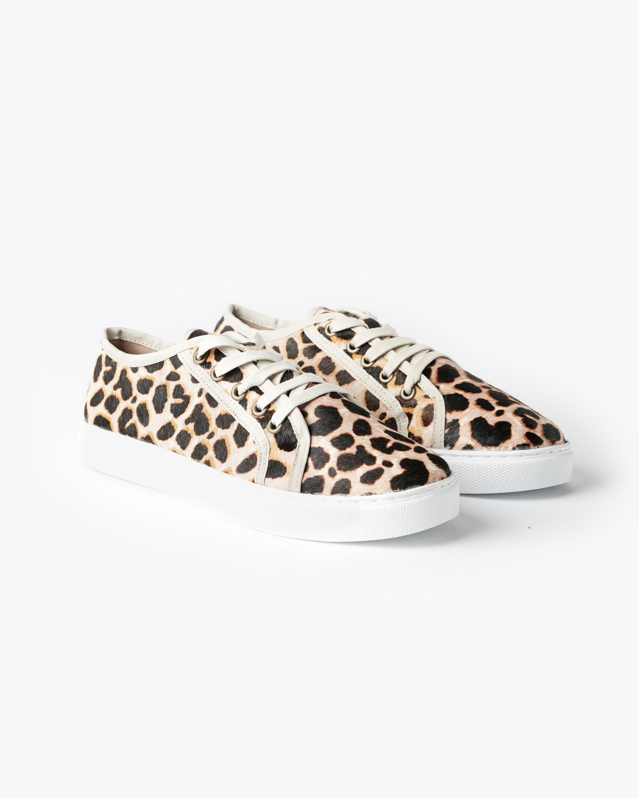 Chyka-Sneaker_Leopard_01.jpg