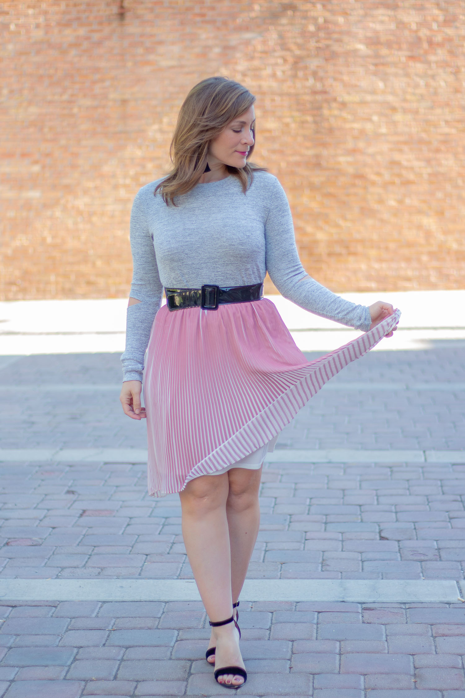 I have a thing for a cute pink skirt outfit. Summer or winter, I love pairing them with sandals or booties, sleeveless tops or sweaters.