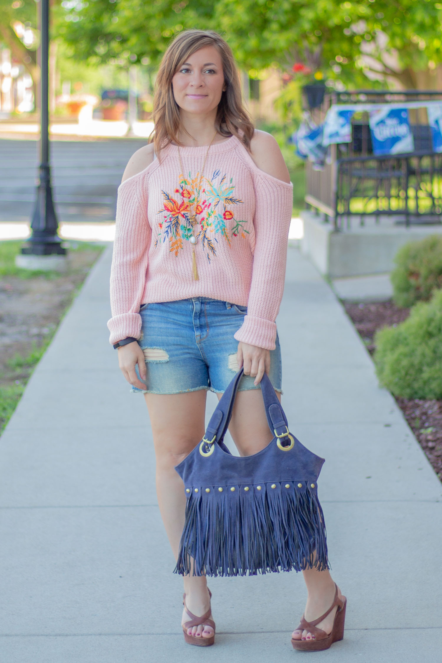 Just what you need for summer - a cute casual boho inspired outfit, perfect for all of your fun summer outings!