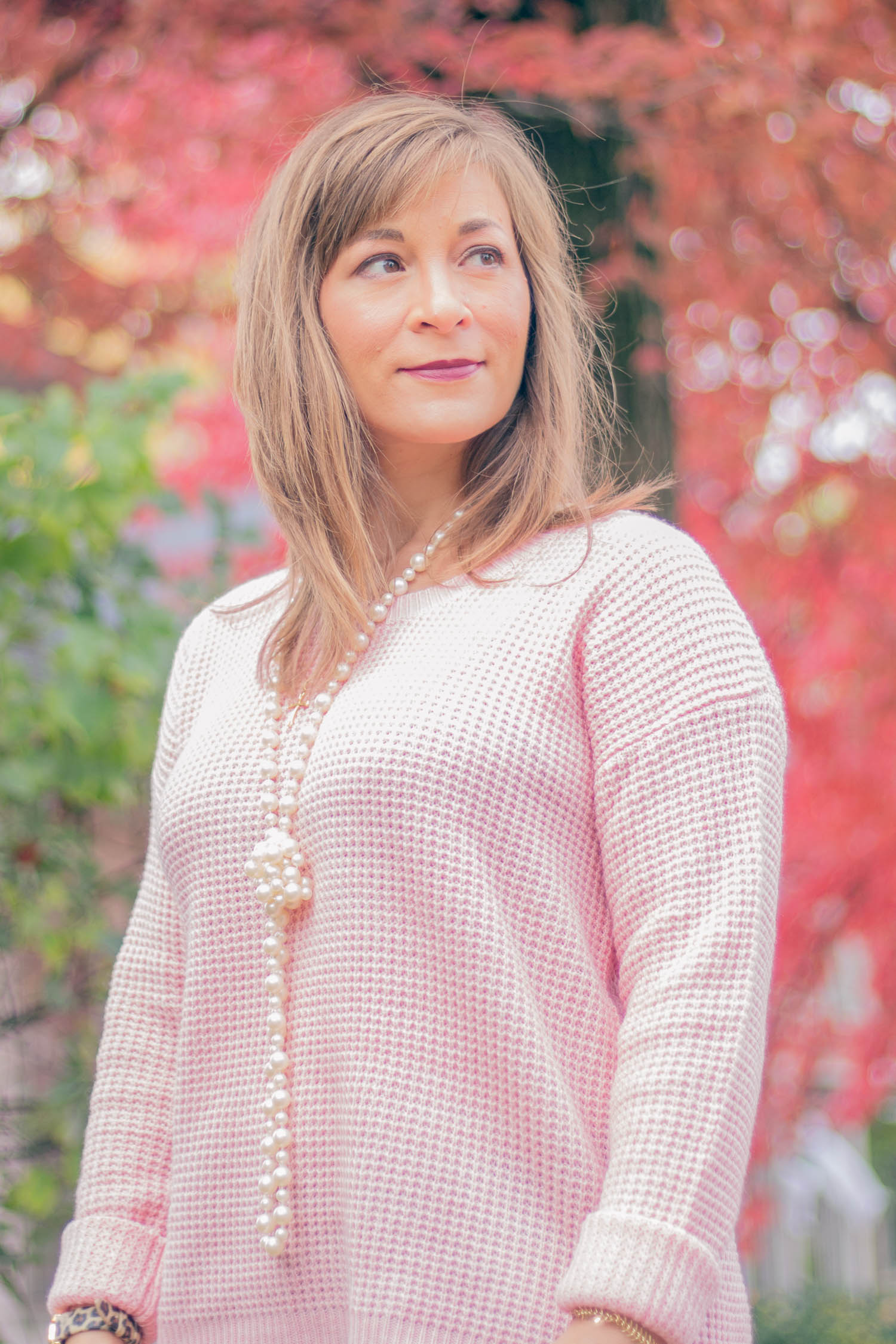 pink-sweater-outfit.jpg