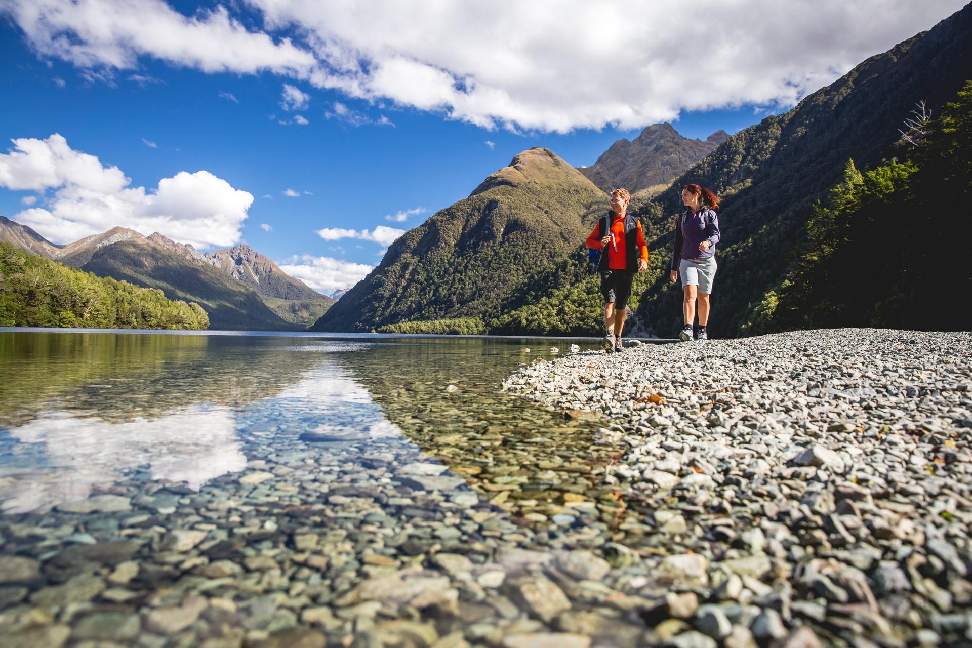 8995-Lake-Gunn-Fiordland-Miles-Holden.jpg