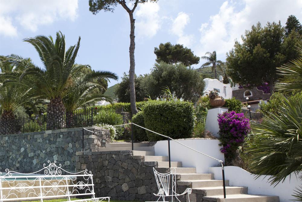 13-Giardino-privato-Casamicciola-Ischia-Napoli-Studio-Architetti-del-paesaggio-Green-Atelier-Roma.jpg