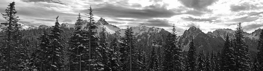 tatoosh-mountain-range-panorama-twenty-two-north-gallery.jpeg