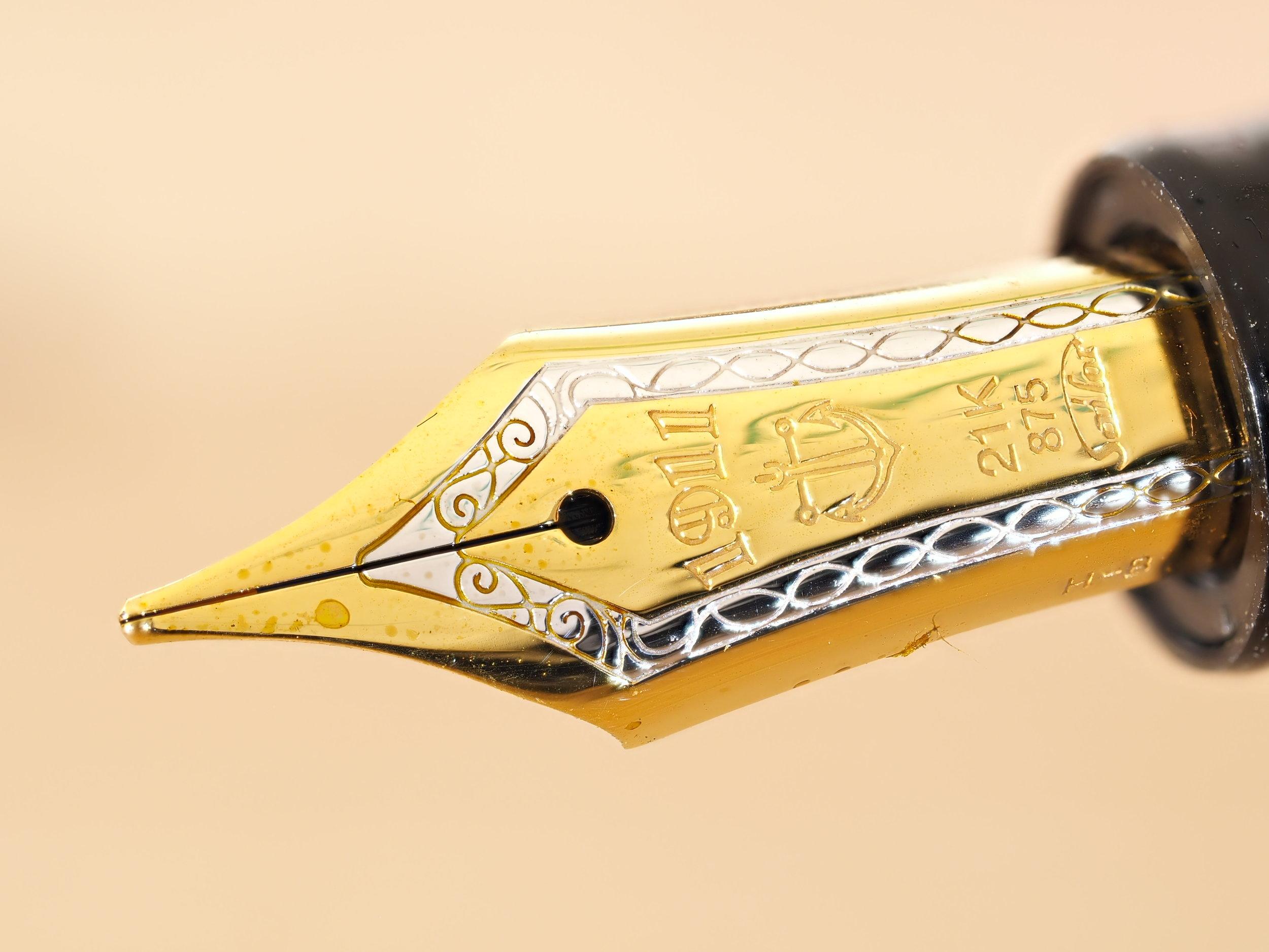 Standard Gold Bi-Colour Nib <B>