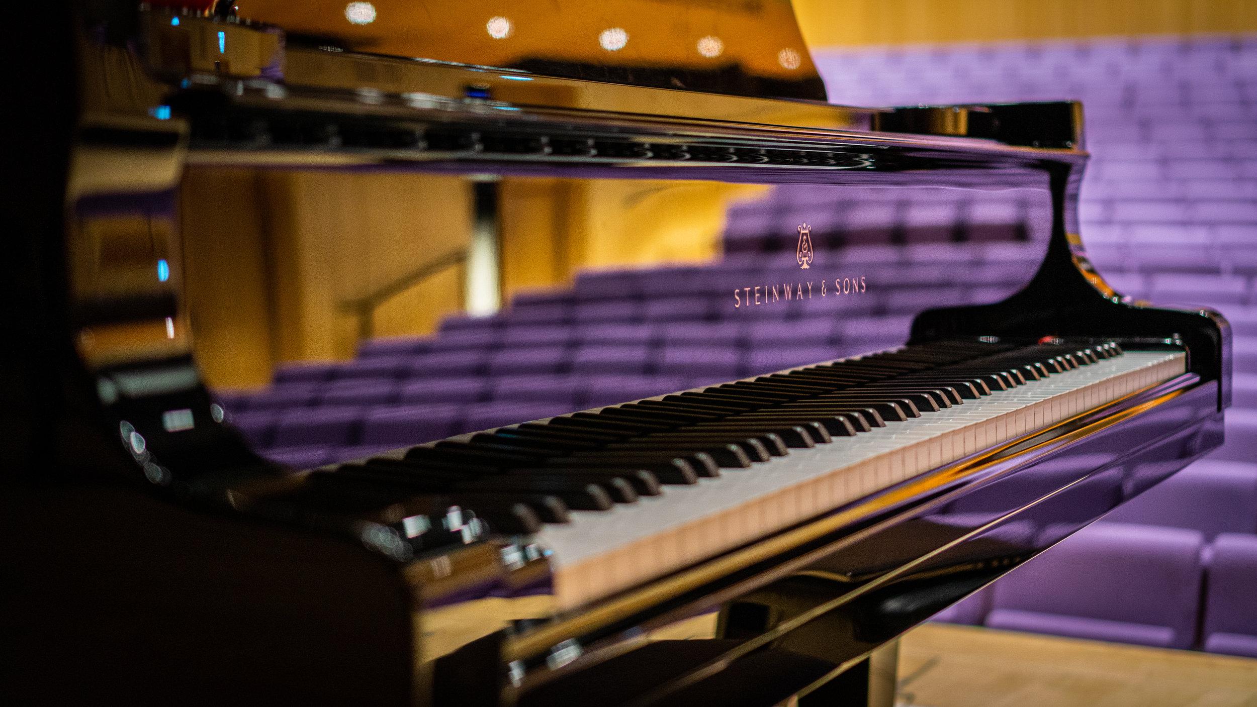 Kristiansand Concert Steinway (Pianobook) - EXS24 & Kontakt instrument PMVST003