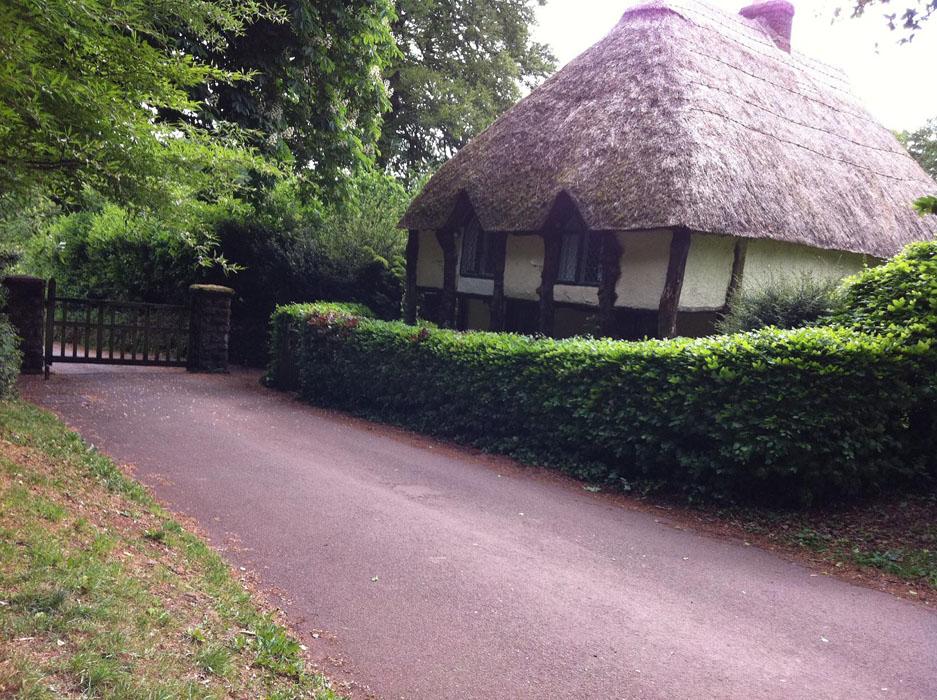 cockington-lodge.jpg