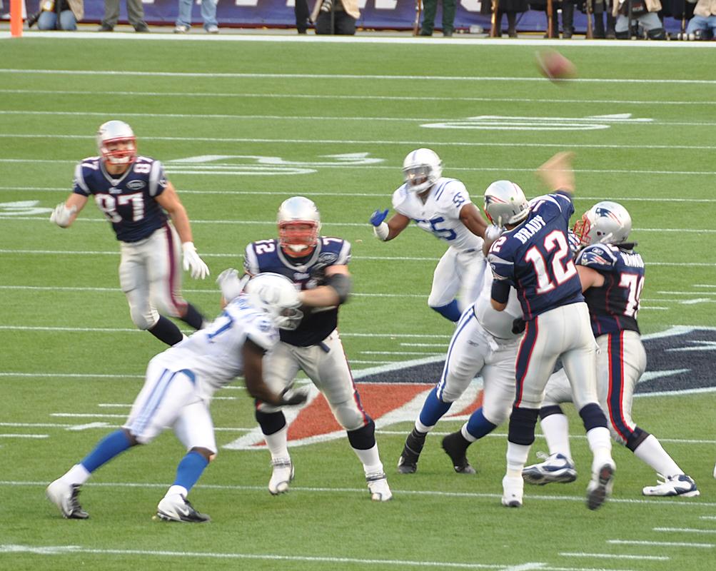 Brady to Gronkowski