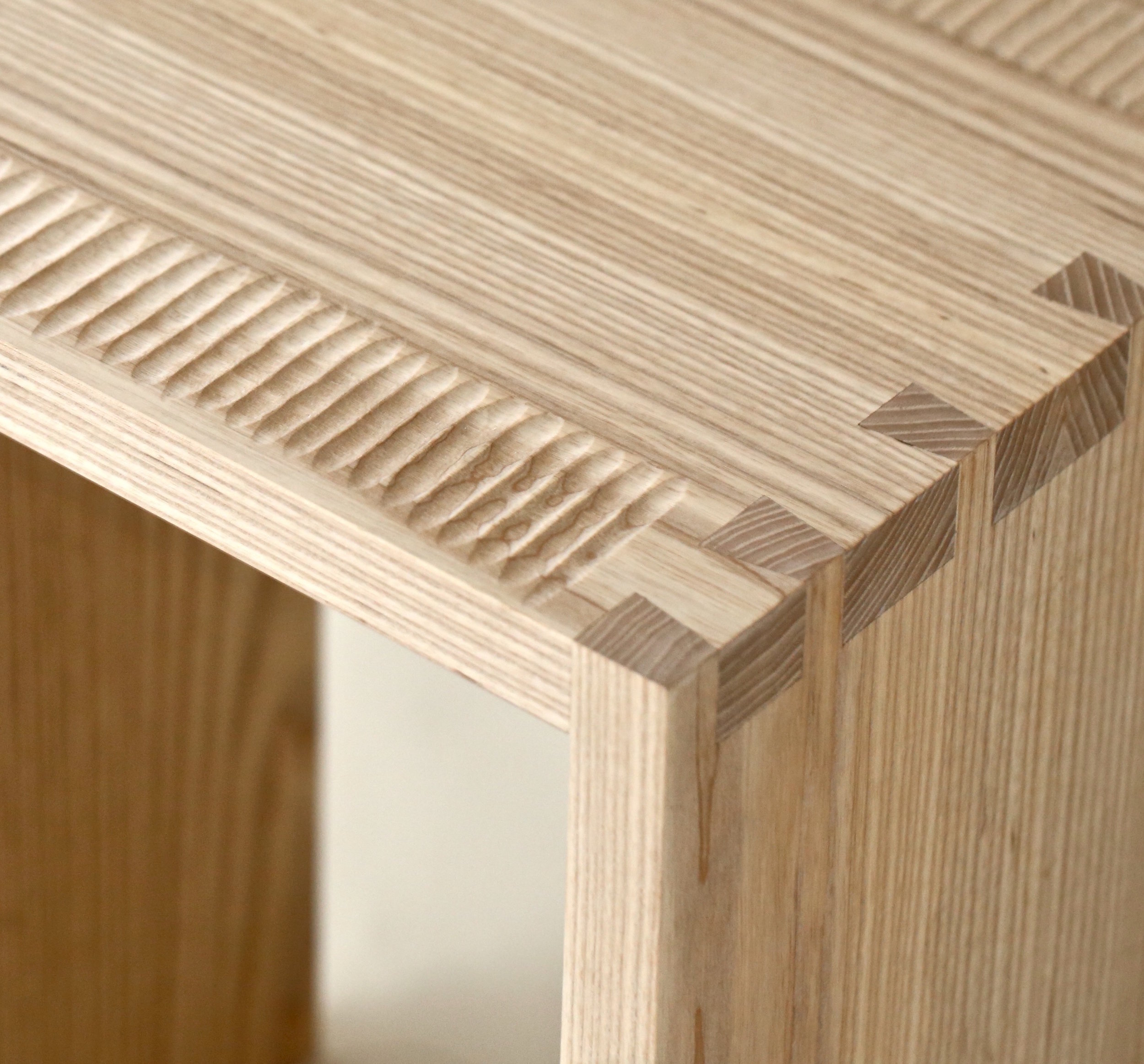 closeup of dovetails