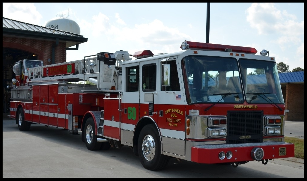 1993 Simon Duplex 100ft LTI Aerial In Service From 2015 - Present.