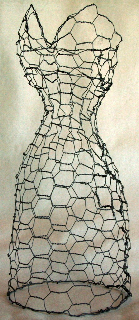 chicken wire dress form.jpg
