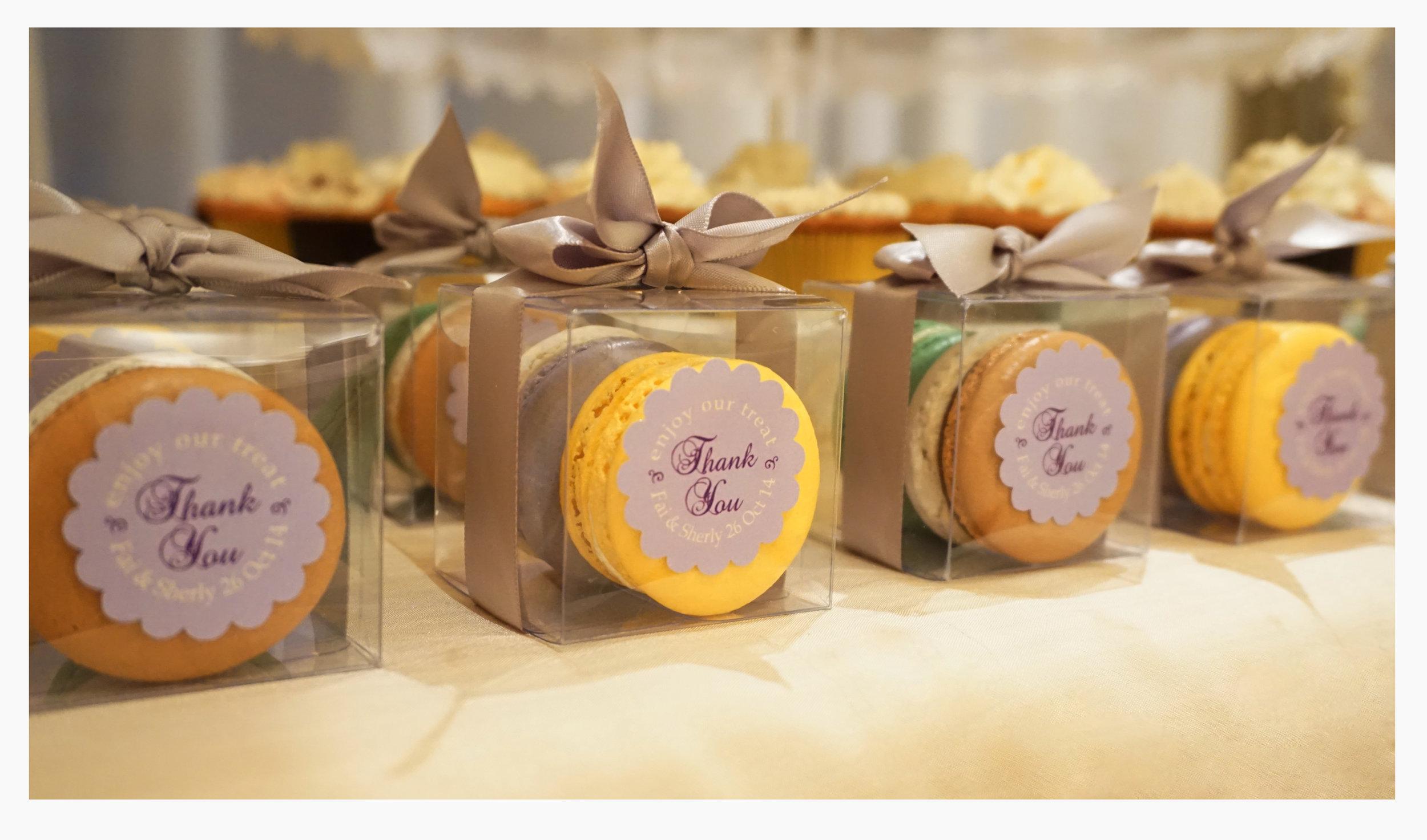 Macaron -giftbox (PS).jpg