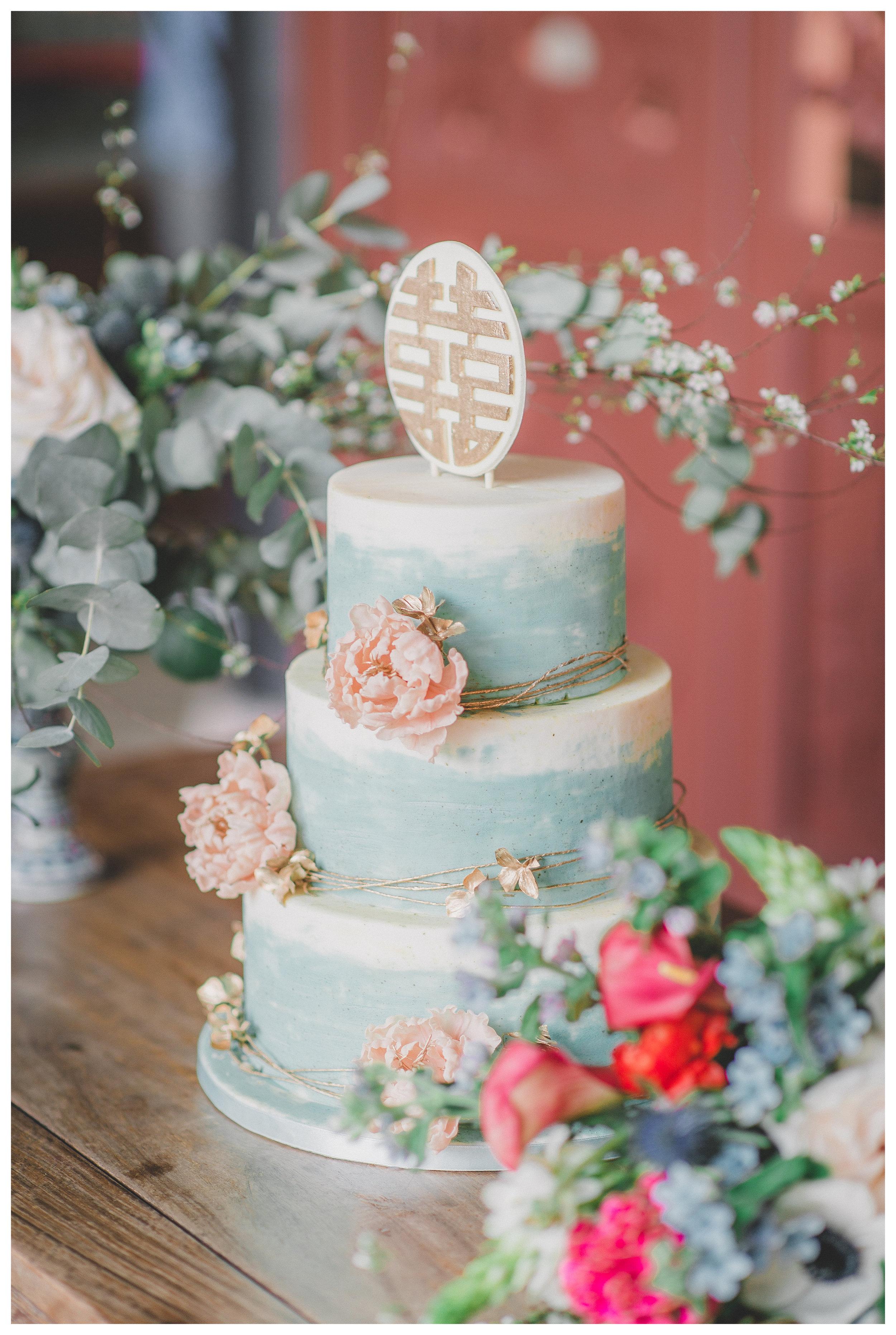 Chinese Style Wedding Cake (Vincent).jpg