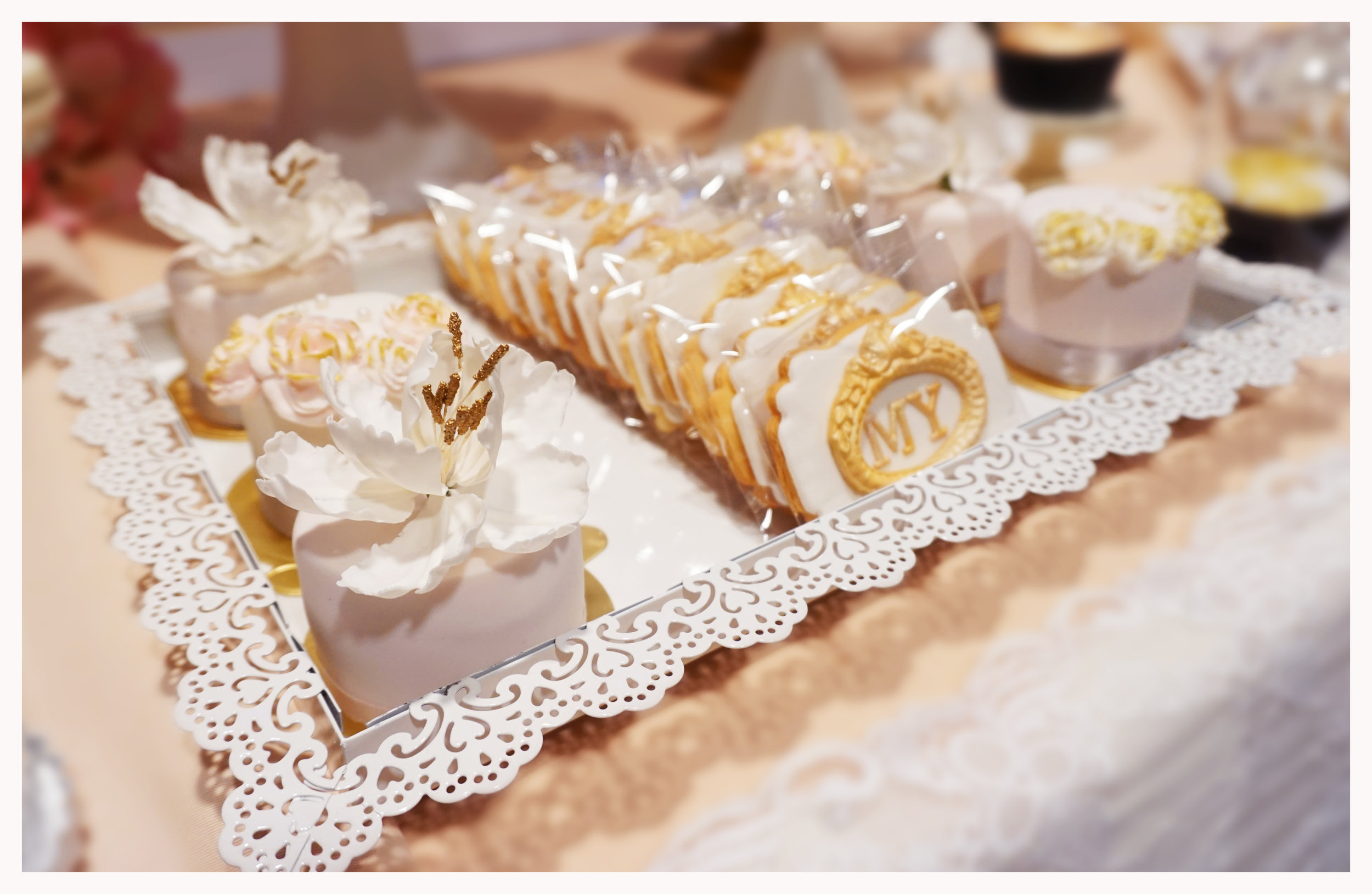 Melody & Yue cookie & mini cake (2).jpg
