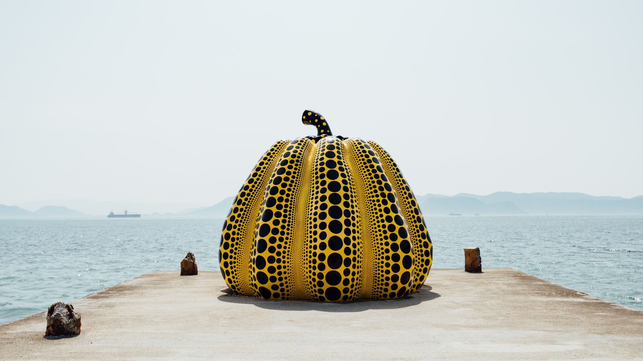 """Yayoi Kusama """"Pumpkin"""" (1994), Naoshima"""