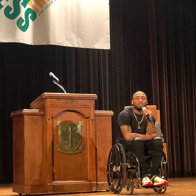 @leonfordspeaks delivers a powerful message to Philander students on moving forward despite the circumstances and learning how to use our voice and our vote to enact change. #blessthemic #philanderforward