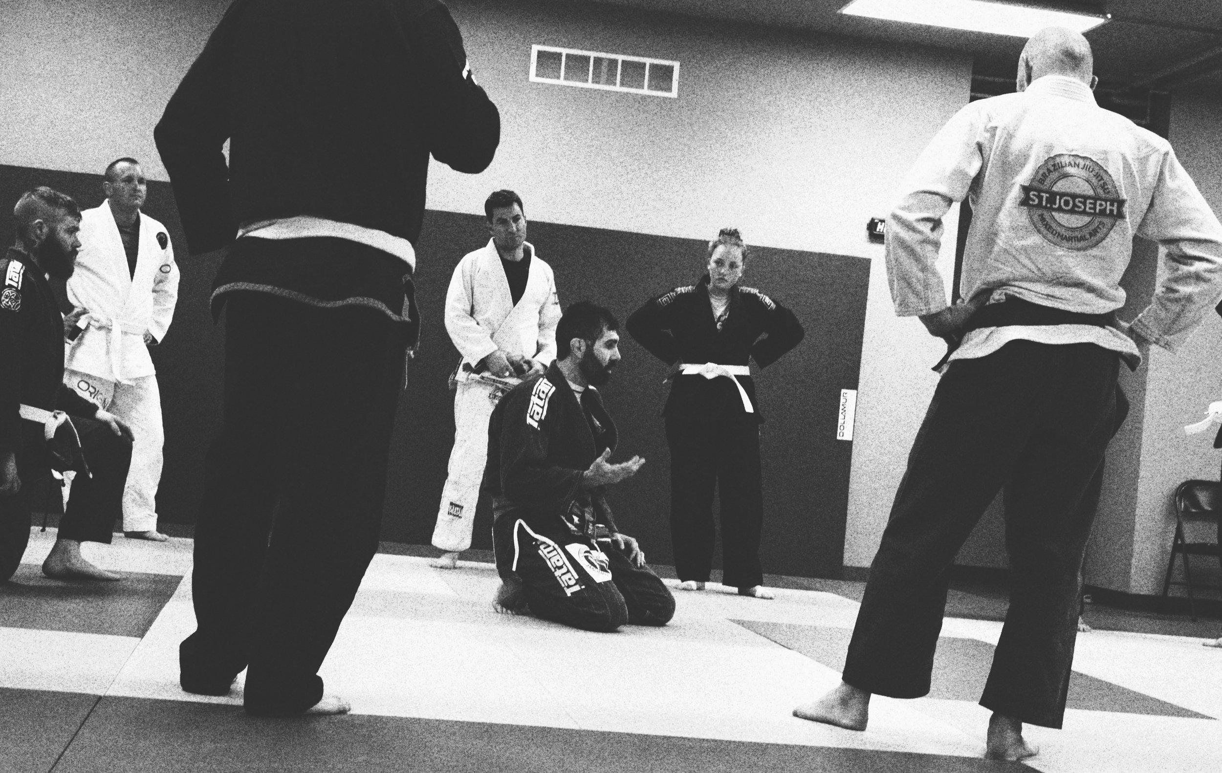 Discussing some BJJ philosophy with the Adults during evening class.