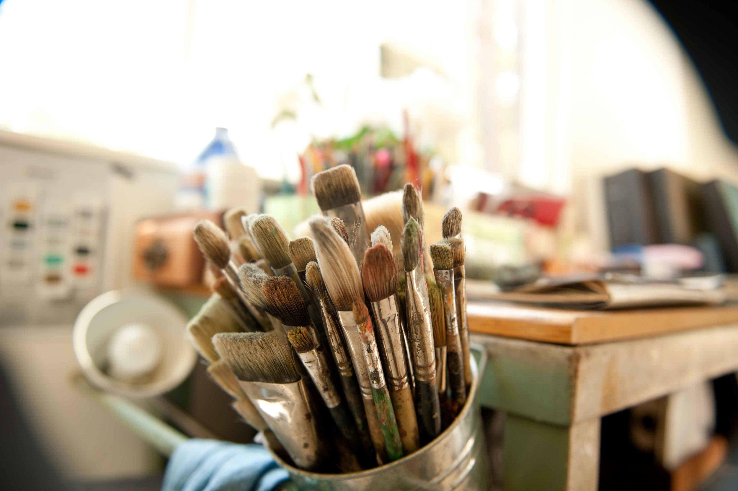 Artist In Residency    Program