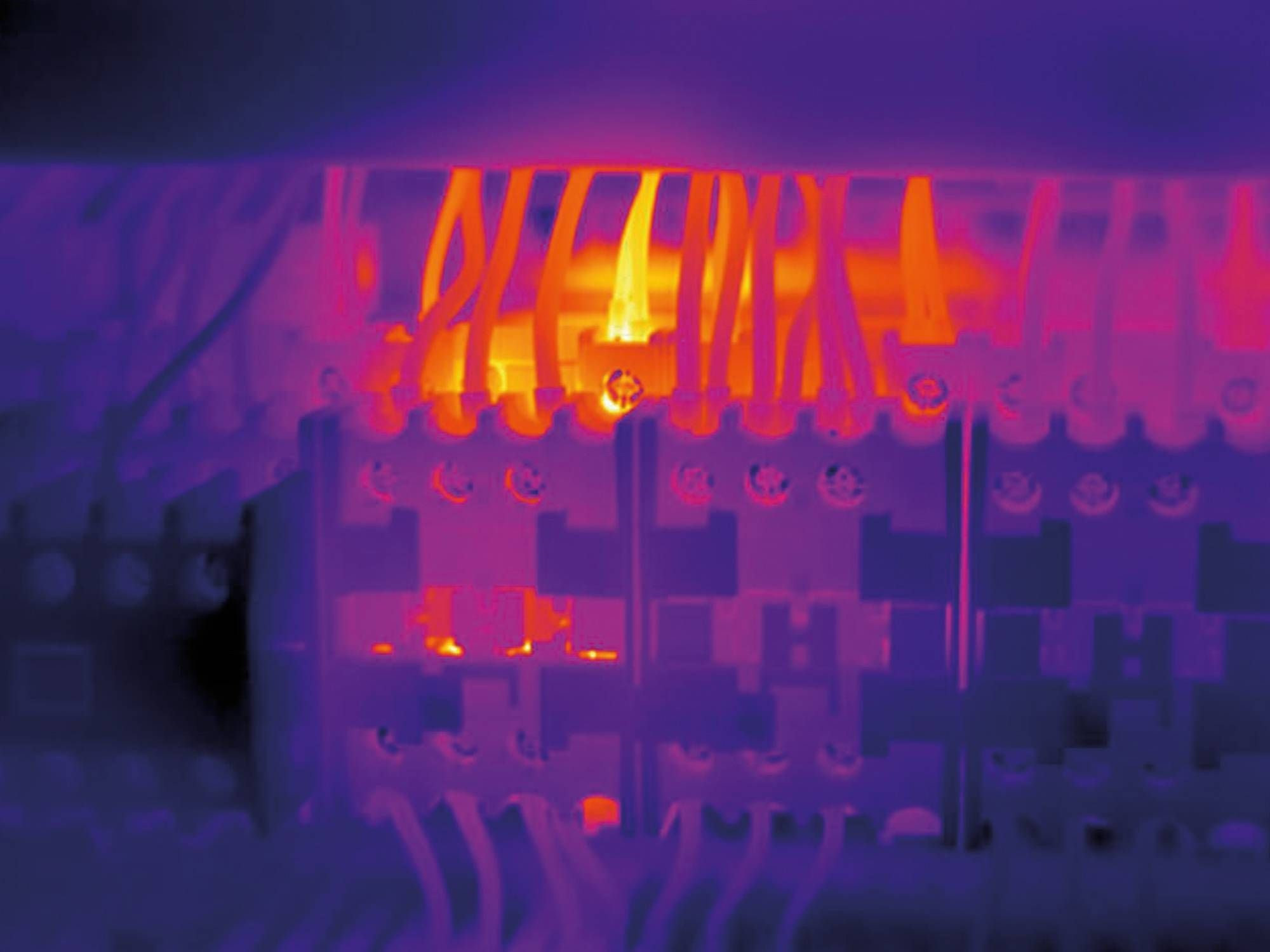 Figure        SEQ Figure \* ARABIC     2.  Thermal Image of Hot Electrical Connection (image courtesy of www.testo.com).