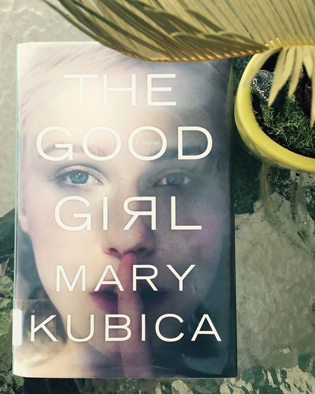 Seriously *loved* this book! I can't get enough of Mary Kubicas work, love her writing style, her characters, and her intense and twisted plots! #bookstagram #bookish #book #thriller #bookblogger #bookreviews #bookworm #booknerd #amreading #currentlyreading #tbr