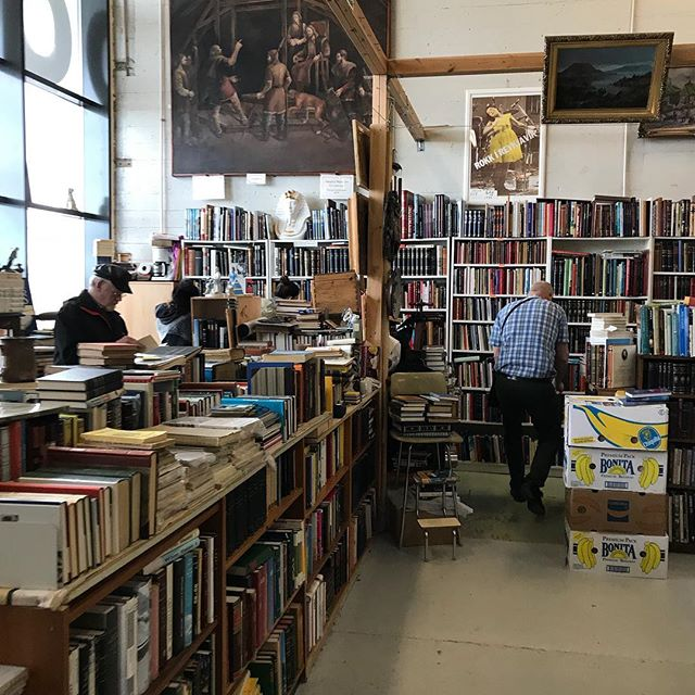 Early day at the flea market and there's a whole lot of books! #book #fleamarket #iceland