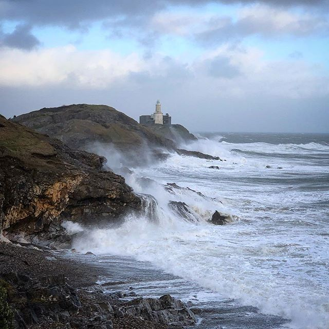 Stormy Mumbles headland last weekend...... love the energy of the sea! _ #mumbleslighthouse #mumbleshead #waves #coast coastline #storm #braceletbay #stormyseas #moodyskies #lovewhereyoulive #mumbles