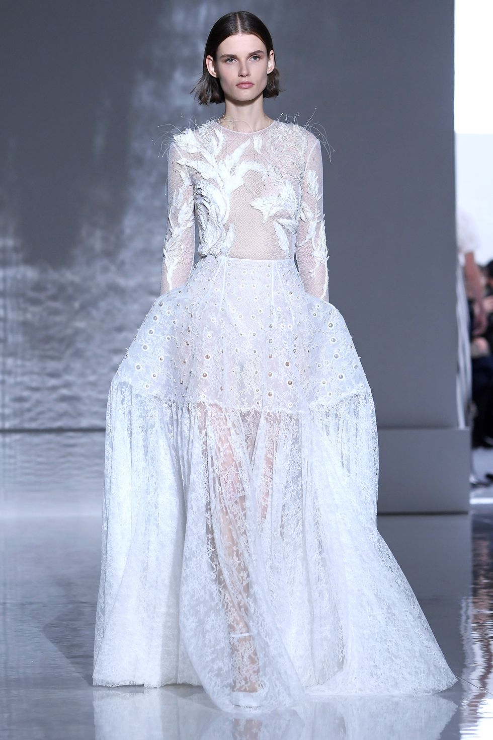 hbz-ss2019-couture-givenchy-05-1548210214.jpg