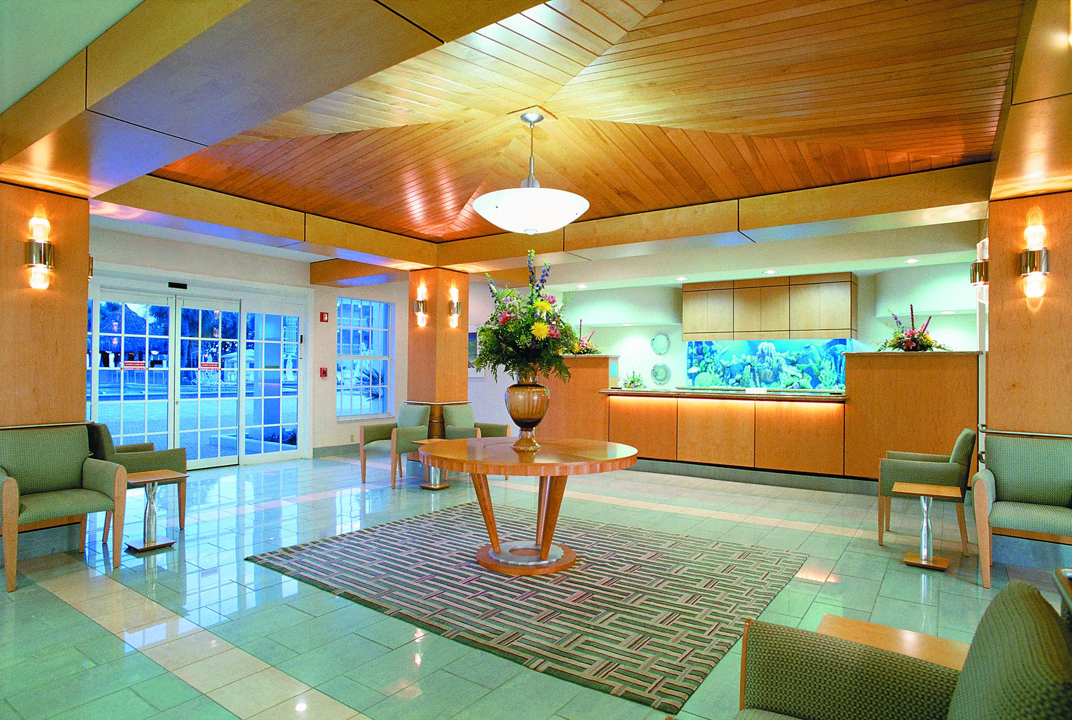 Lobby_entrance_17076_standard.jpg