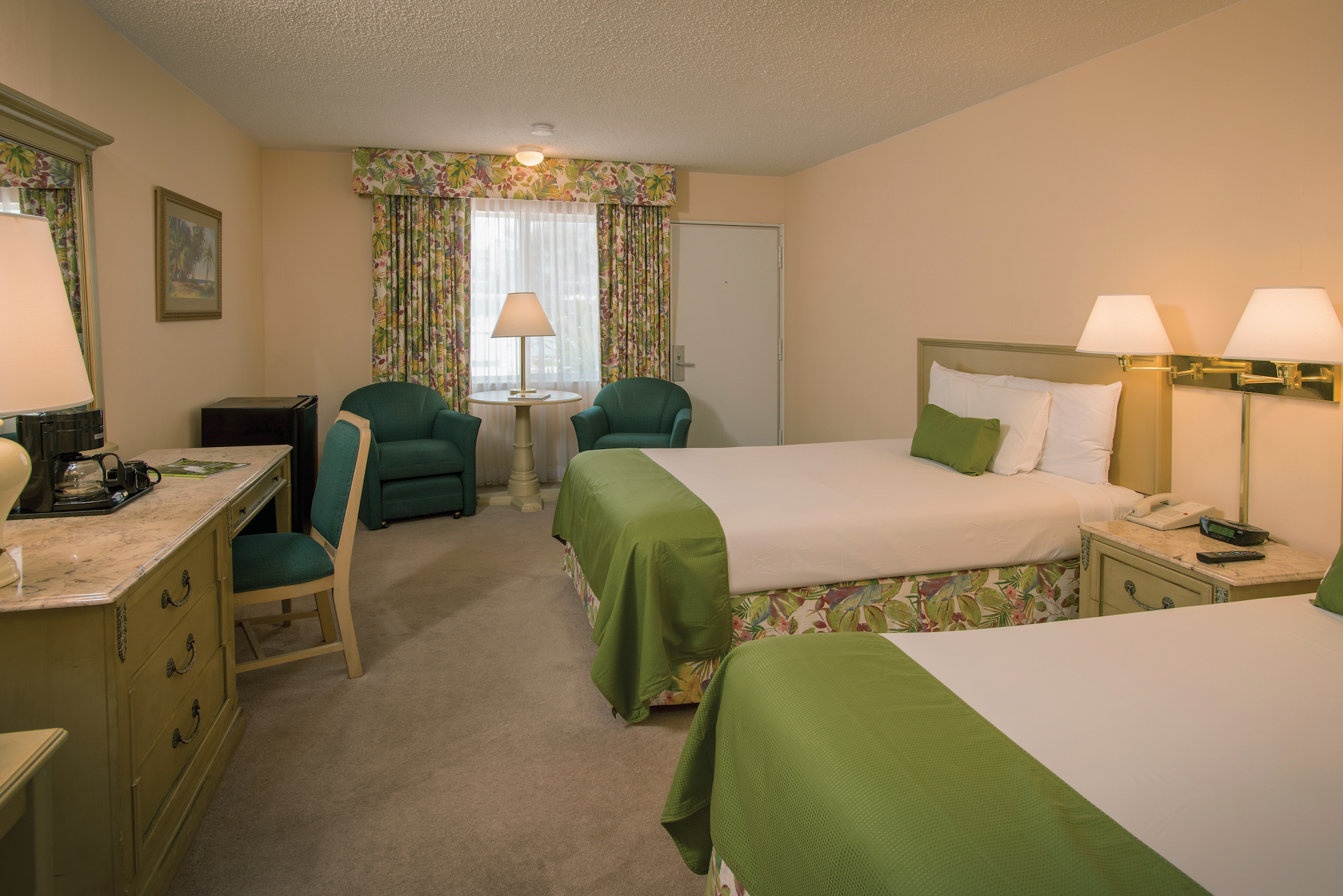 two bed guest room at sandcastle resort at lido beach.jpg