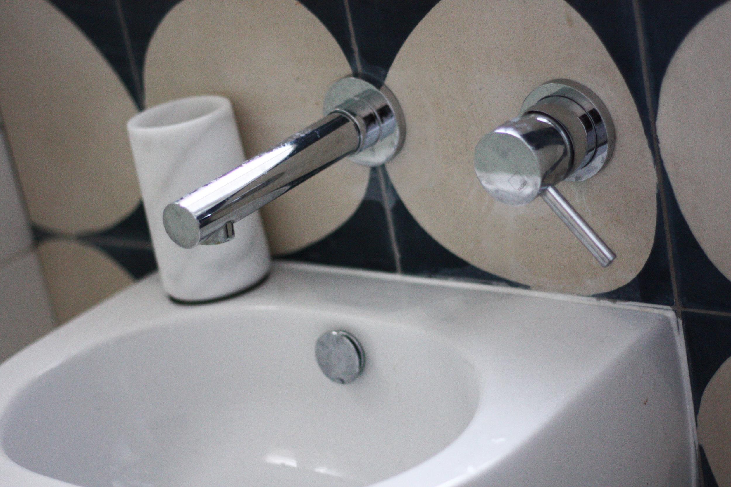 Jessbathroom4.jpg