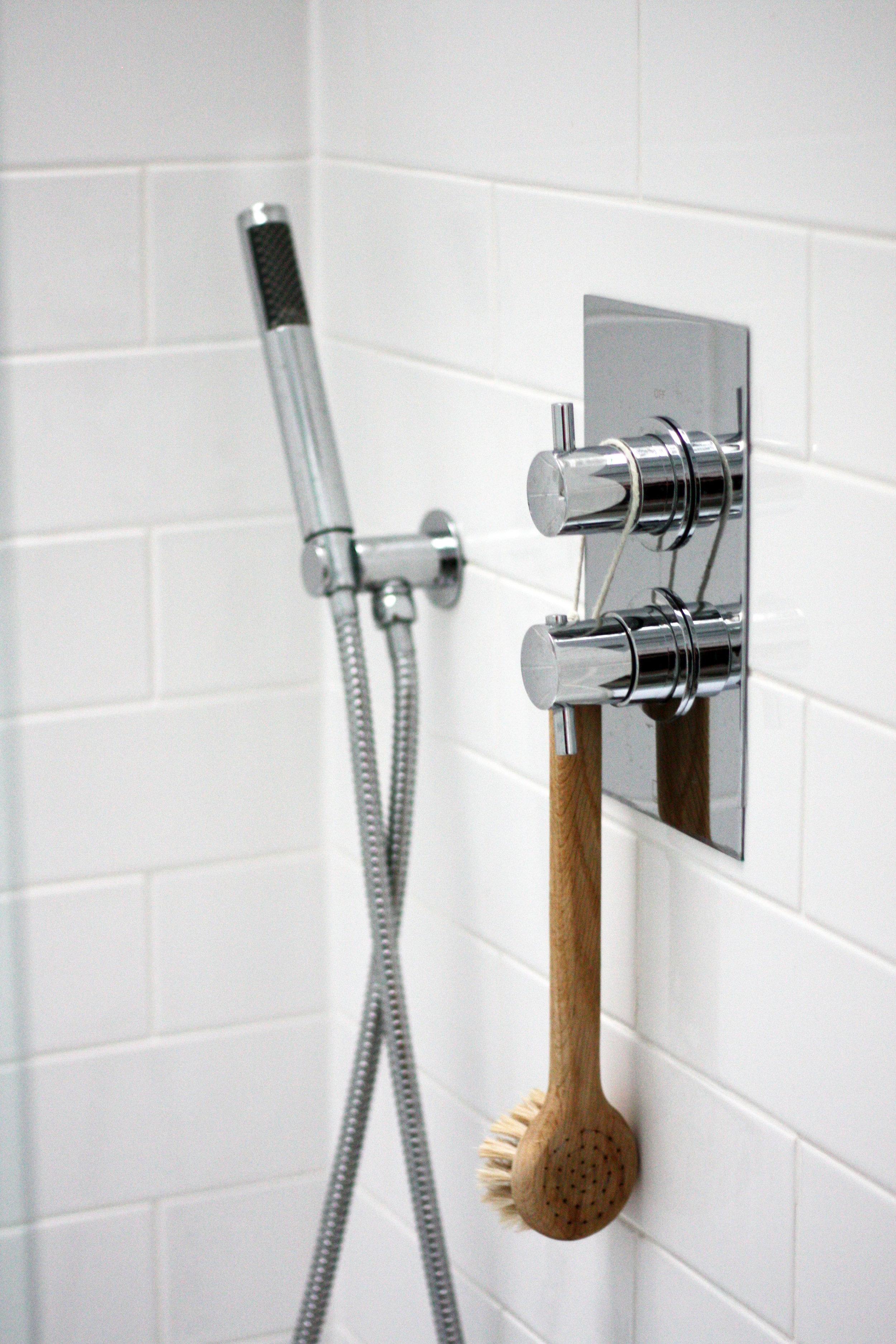 Jessbathroom5.jpg