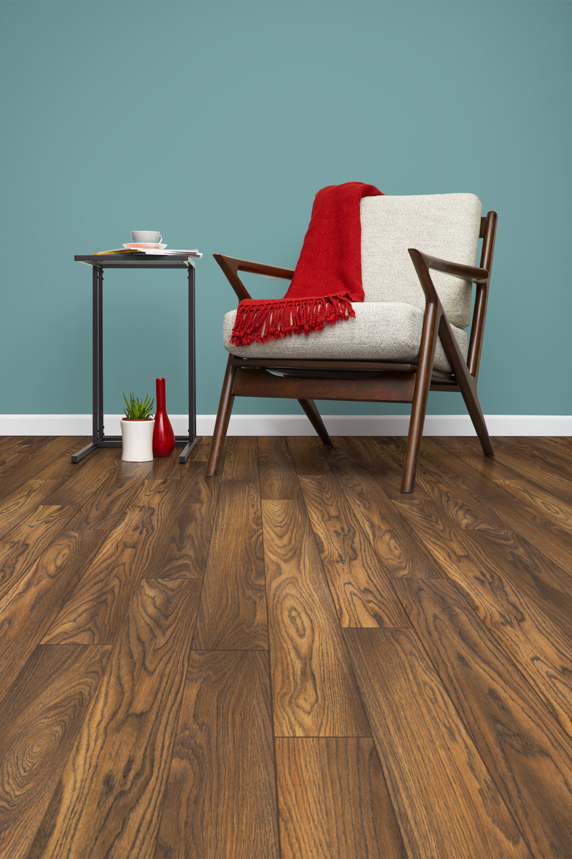 Inhaus_Furniture1_0001_precious highlands russet oak 160mm x 1286mm Vert.jpg