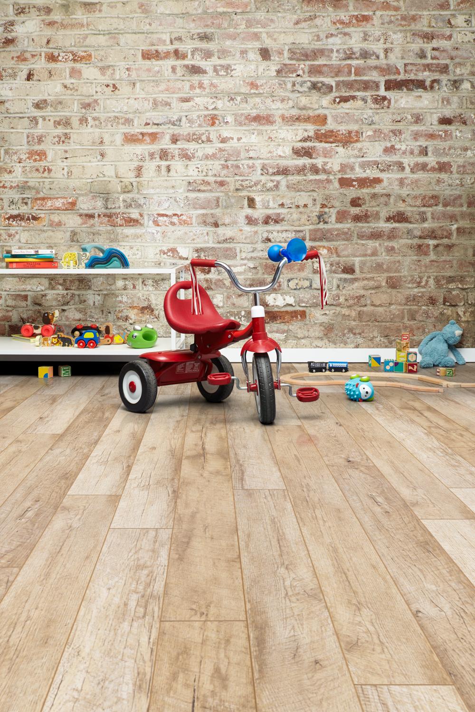 Inhaus_Furniture13_0303_natural vintage duncan 160mm x 1286mm Vert.jpg