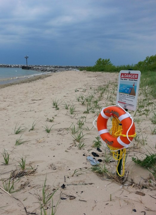 All beaches need rescue equipment  - Here is what our experts recommend. For the full report, click here.Life Ring: Cal-June, Type IV Throw Ring Buoy, 35 lb. buoyancy, 24 in. diameter, orange with reflective tape, and grab handles (or equivalent).Youth Life Jacket: Kent, Nearshore Type II Buoyant Life Jacket for youth 50-90 lbs (or equivalent) $8Adult Life Jacket: Stearns, Crew Mate Type I Offshore Life Vest, 22 lbs. buoyancy rating will hold 2, possibly 3 adults, depending on weight (or equivalent) $44Whistle: Fox 40, Safety whistle, model: Classic, high-decibel, 3-chamber, plastic, pealess, 115 dB (or equivalent) $4Throw Bag: Feld Fire, RQ3 Ultimate No Knot Throw Bag, with second chance floating ball, and 3/8 in. high-quality max grip rope (or equivalent) $30Rescue Board: Carlson, Rescue Board (high density foam), 4 ft. long with grab handles (or equivalent) $485Rescue Tube: Kiefer 50