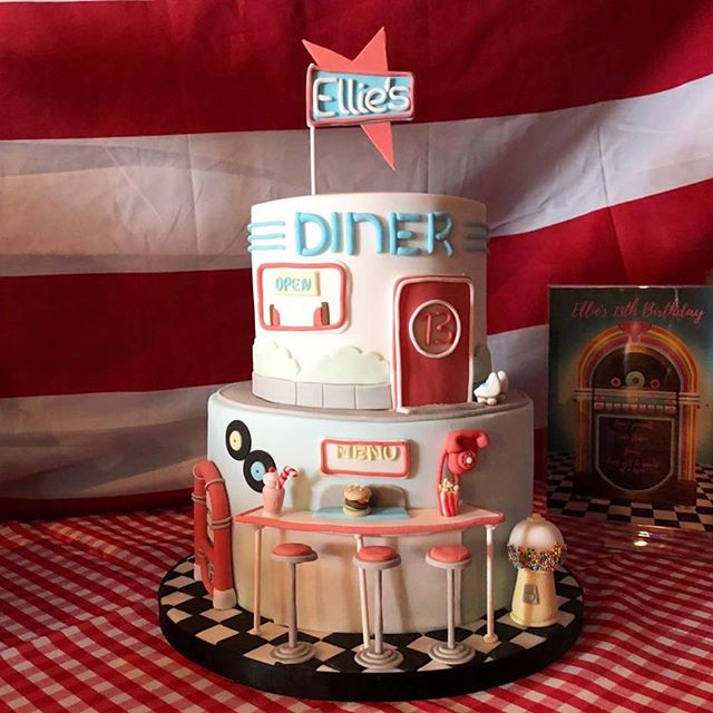 This stunning American Diner showstopper cake by @becksbake was such a hit today at today's American Diner was party #mrsmyrtleparties #showstoppercake #partyplanner #mrsmyrtle #americandinerparty #dinerparty🎊🎉