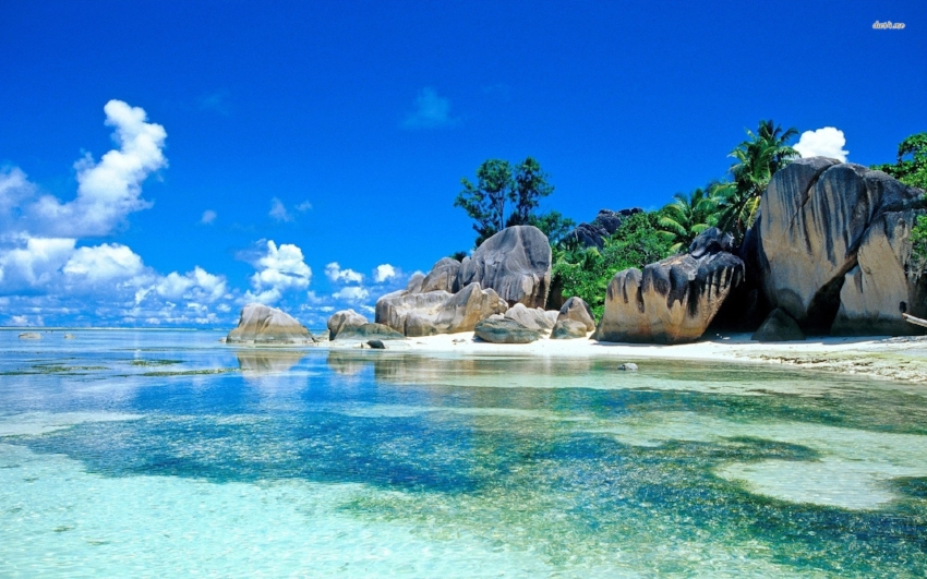 seychelles-beach-resorts-wallpaper-3.jpg