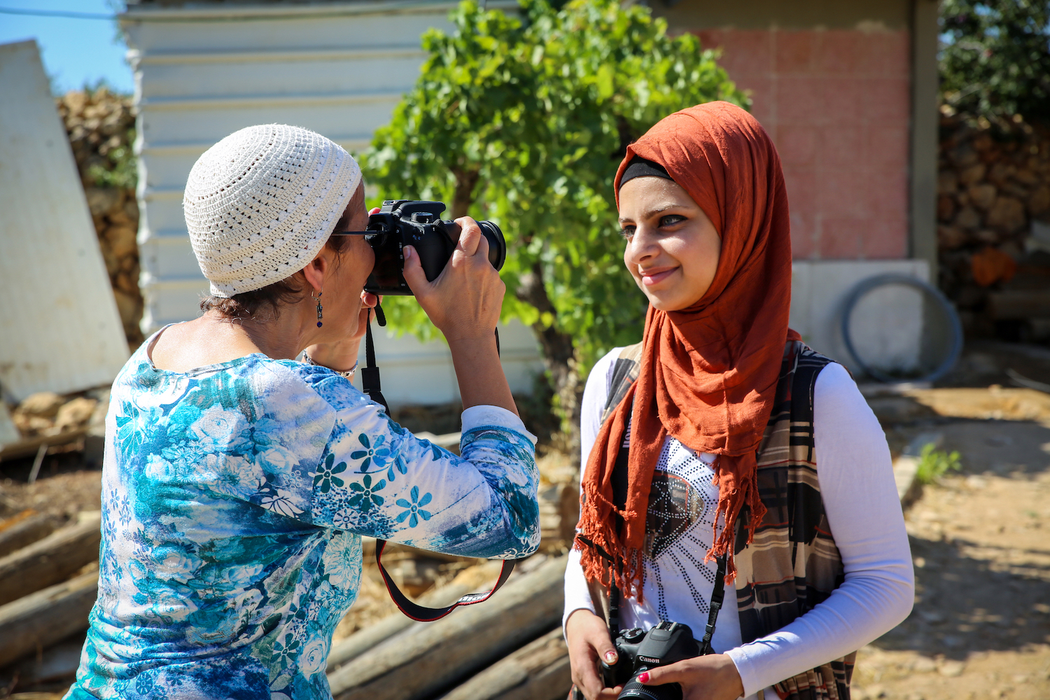 saskia-keeley-photography-humanitarian-photojournalism-documentarian-events-ucla-dortort-center-beyond-sides-towards-reconciliation-non-violence-workshops-israel-palestine.jpg