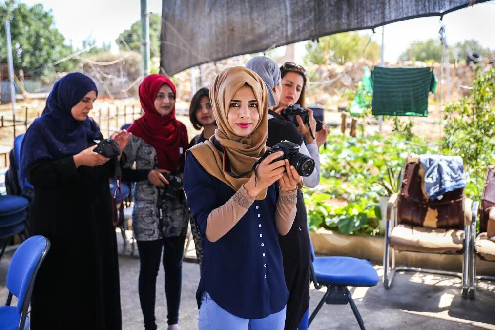 saskia-keeley-photography-humanitarian-photojournalism-documentarian-israel-and-palestine-peace-beyond-sides-towards-reconciliation-roots-non-violence-workshops-1.jpg
