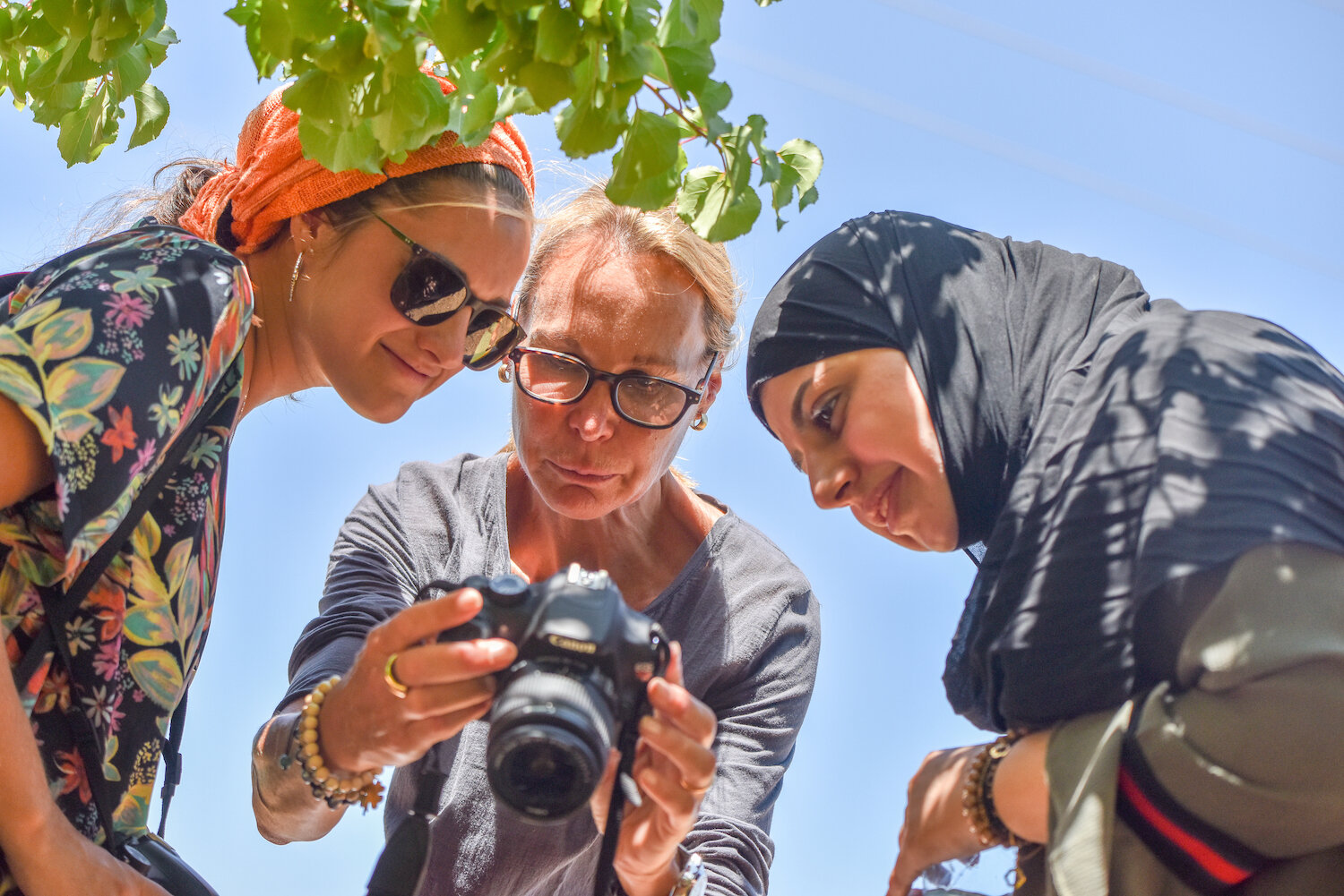 saskia-keeley-photography-humanitarian-photojournalism-documentarian-israel-and-palestine-peace-beyond-sides-towards-reconciliation-roots-non-violence-workshops-7.jpg
