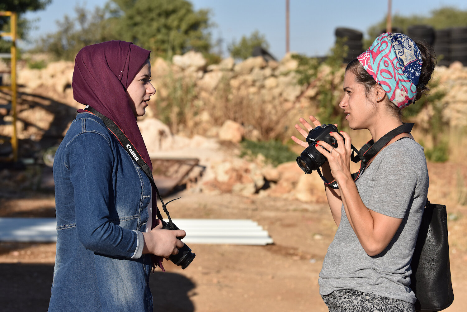 saskia-keeley-photography-humanitarian-photojournalism-documentarian-israel-and-palestine-peace-beyond-sides-towards-reconciliation-roots-non-violence-workshops-DSC_4177.jpg