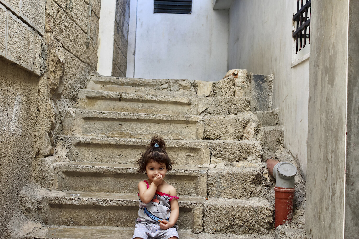 saskia-keeley-photography-humanitarian-photojournalism-documentarian-israel-and-palestine-peace-beyond-sides-towards-reconciliation-roots-non-violence-workshops-10.jpg