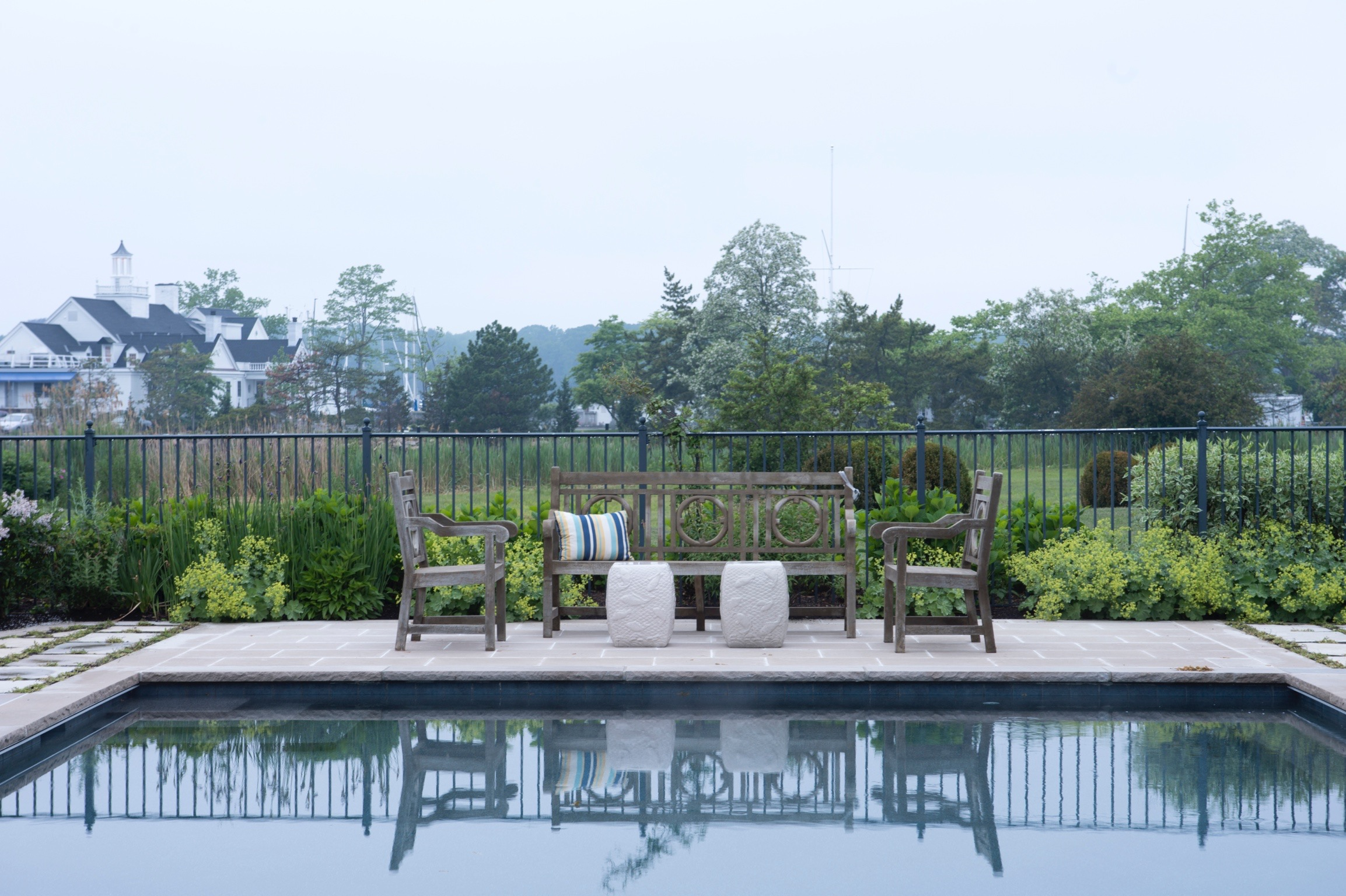 pool seating and view1200.jpg
