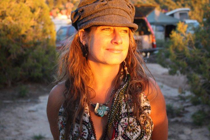 SARA JANE TAYLOR  Herbalist & Flower Whisperer