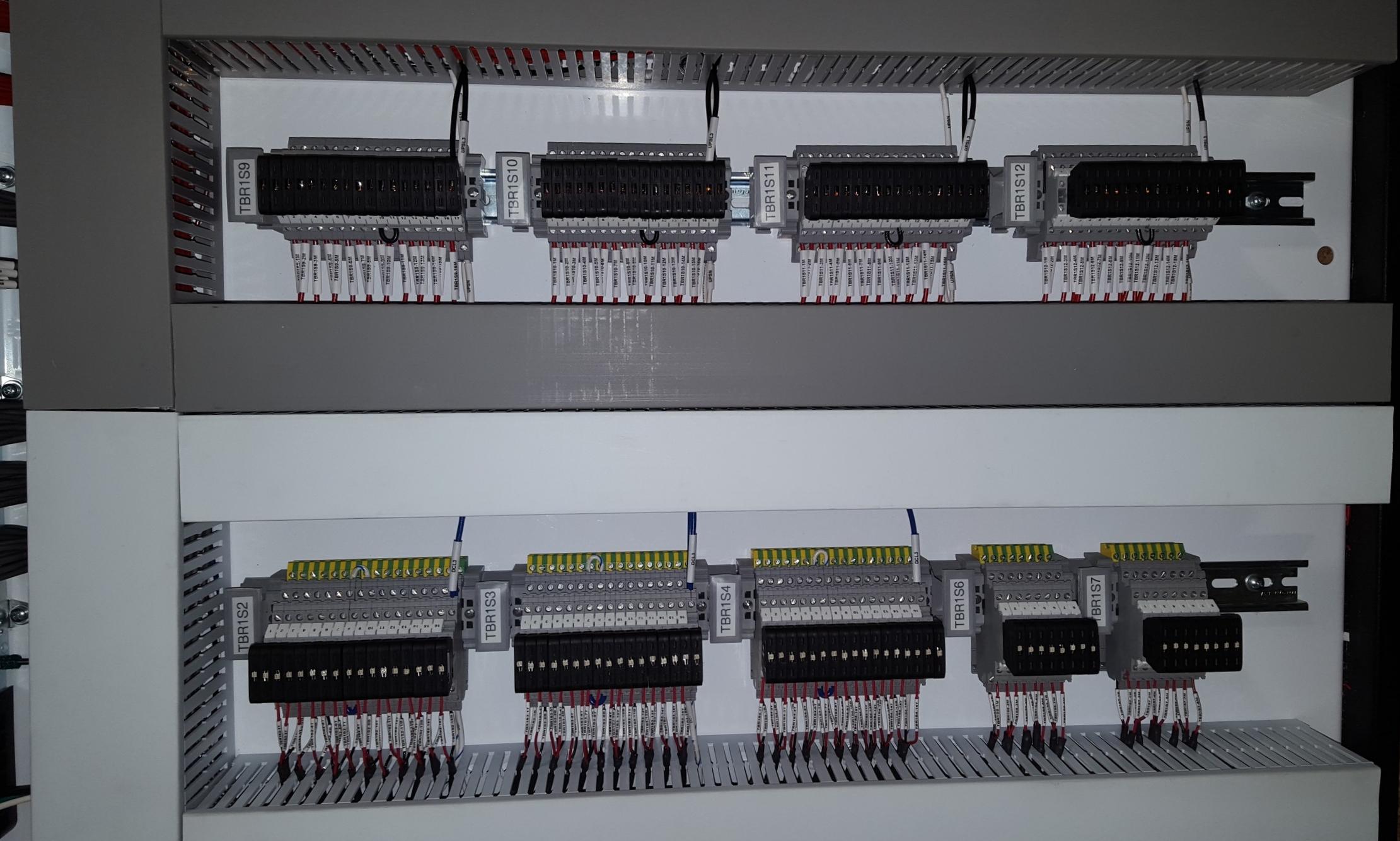 Panel4.jpg