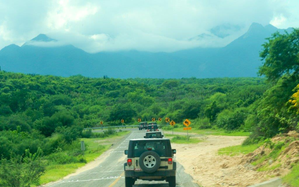 Jeep Tour Santiago