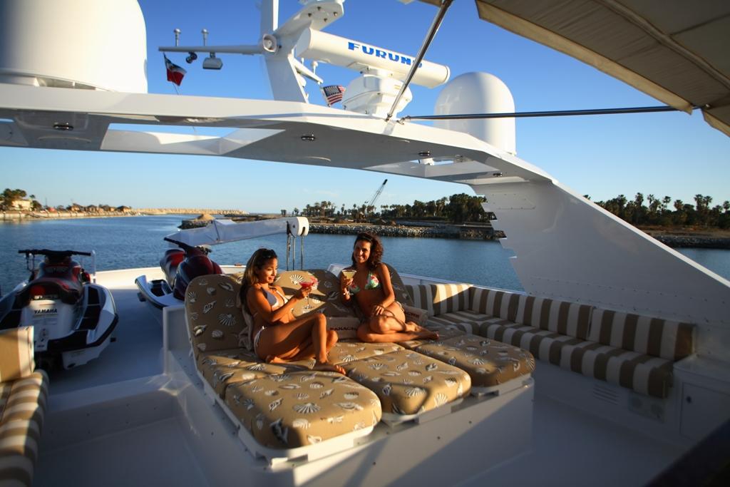 The Yacht - Panache