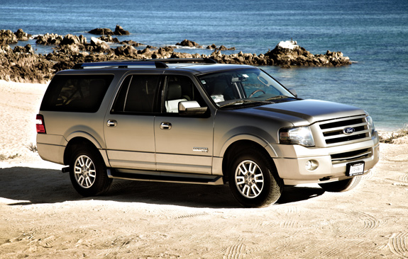 CT Ford Expedition Max.jpg