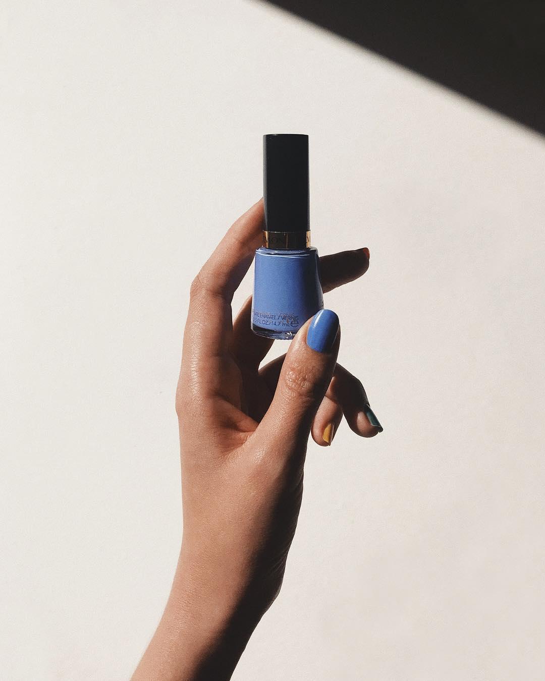 Revlon Nail Polish – Irresistible /  BUY