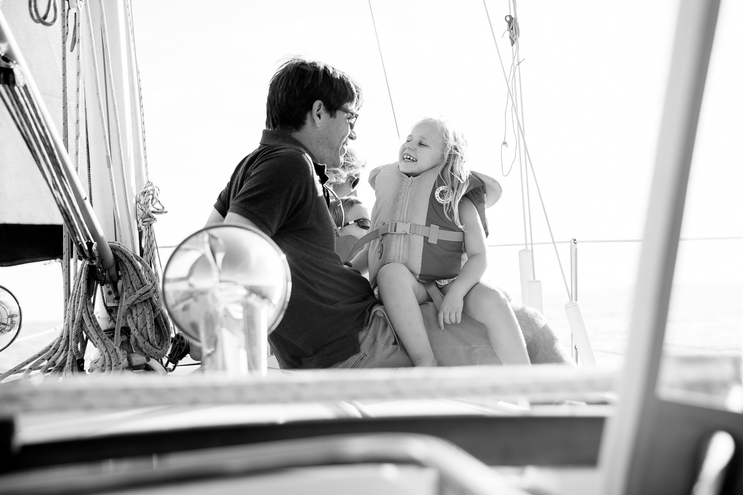 sailing-family-portraits.jpg