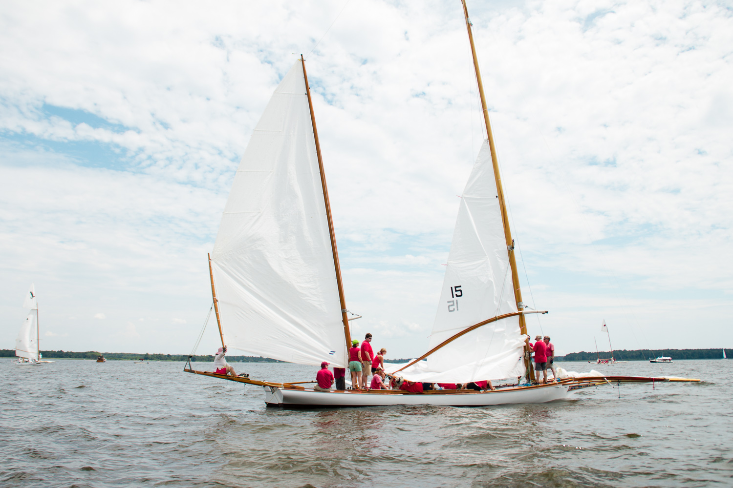 Log-Canoe-Race-at-Rock-Hall-Yacht-Club-July-2016-ss-3.jpg