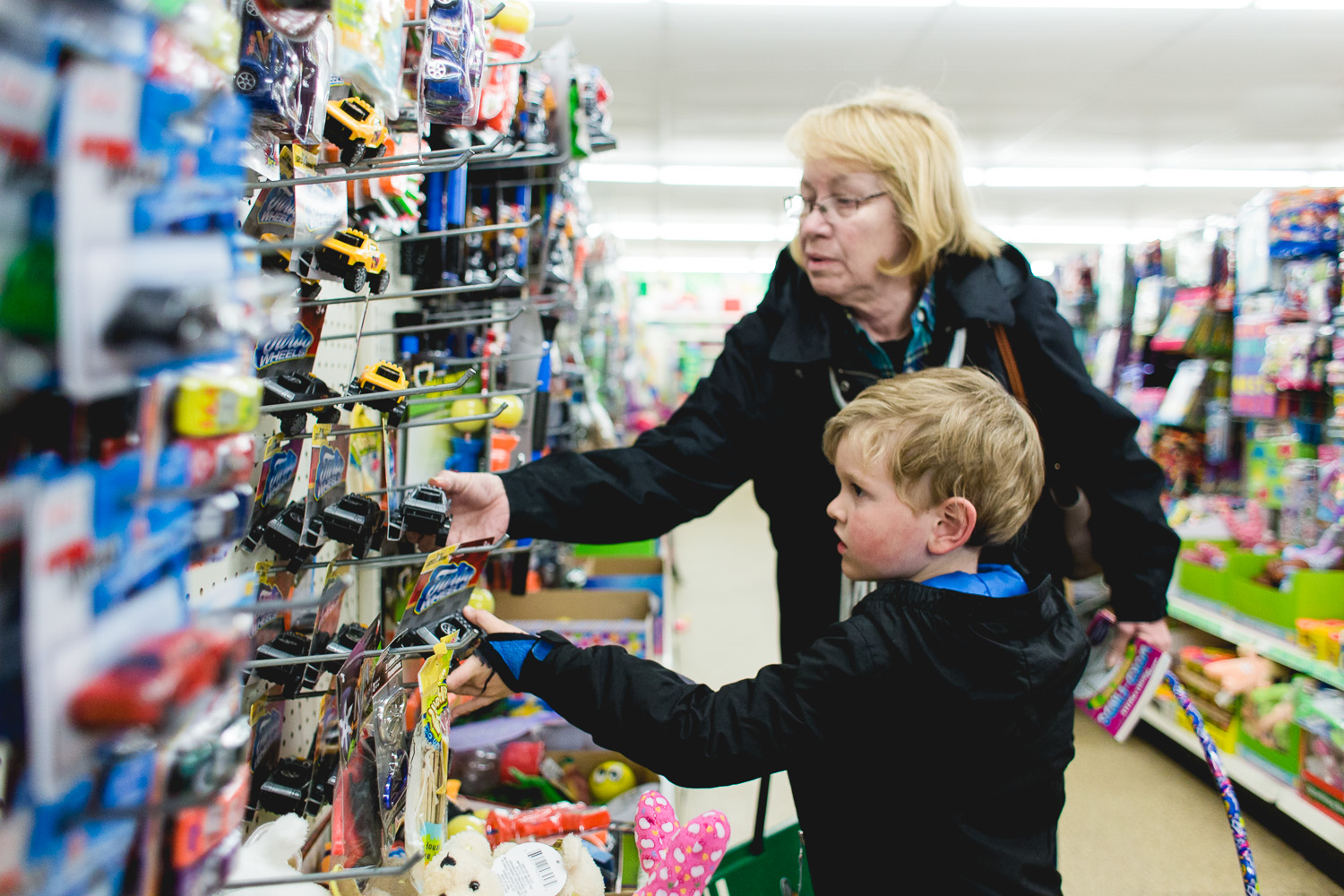 Dollar-Store-with-Mom-Mom-Apr2018-9-ss.jpg